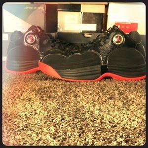 RetroCrimson Black Jordan Team 1  Men's Size 11.5